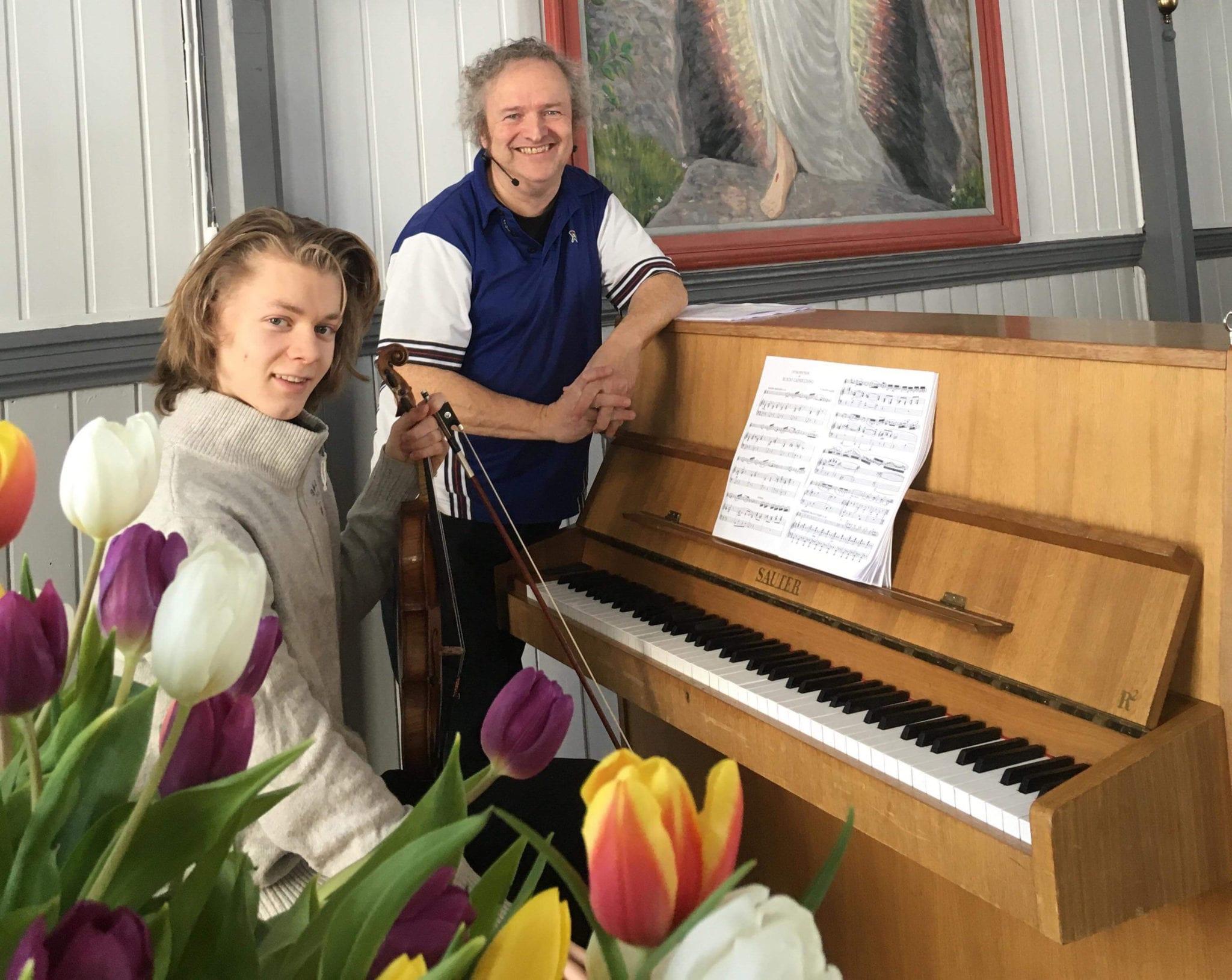 Wolfgang Plagge og Joakim Røbergshagen under Vinterfestspill i Bergstaden 2018. Foto: Kristine Schjølberg for Form til fjells.