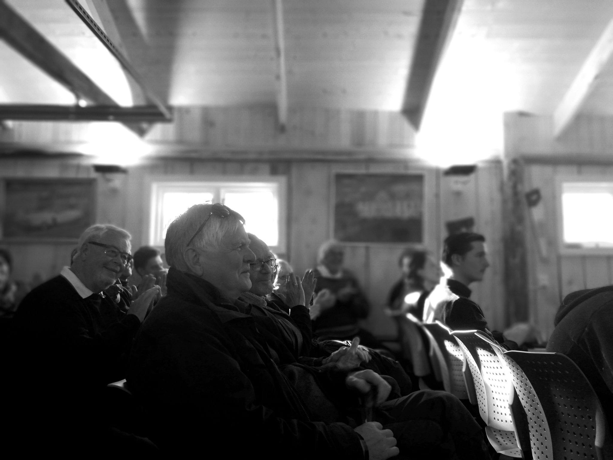 Blant gamle hus og gode mennesker skaper Vinterfestspill store musikkopplevelser. Foto: Form til fjells.