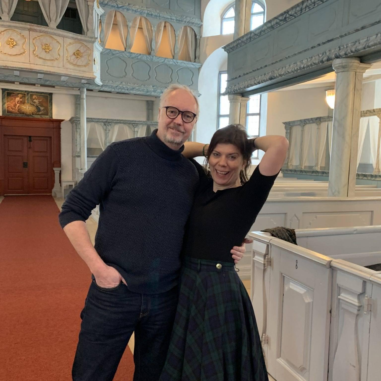 Lars Arvidson og Maria Forsström kler rollene som Kølfogden og An-Magritt. Foto: Linda Herud.